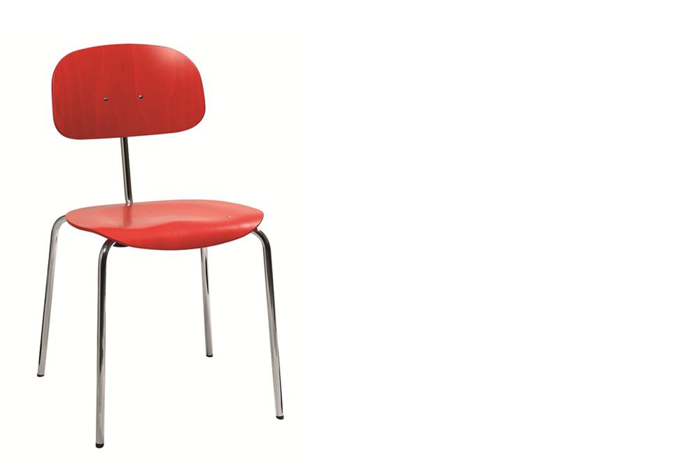 ein Holzschalenstuhl  Modell 118 Eiermann von Kleinkopf
