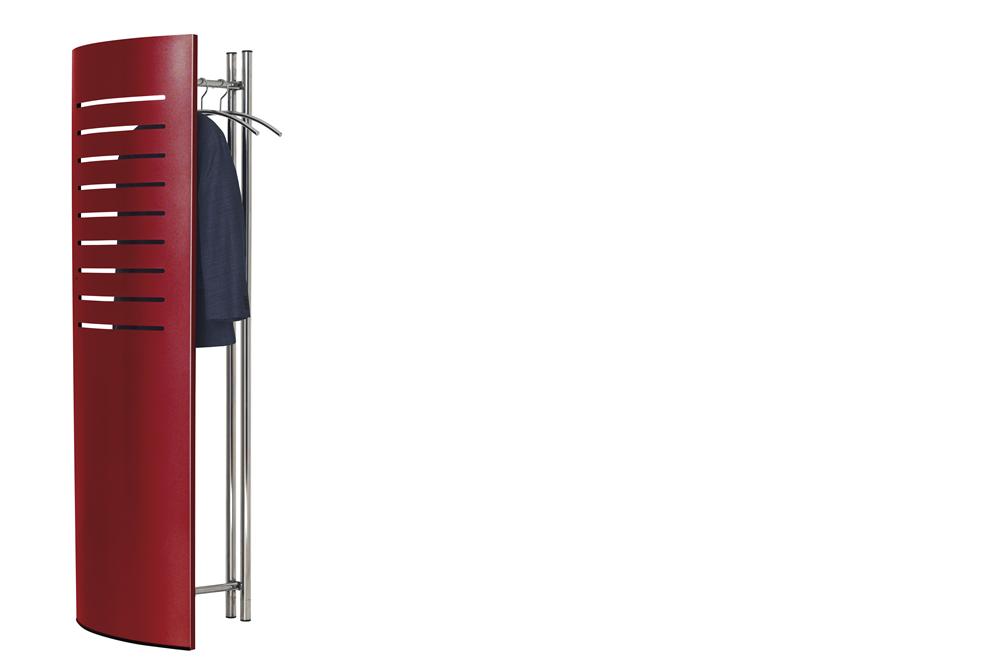 eine Wandgarderobe tec-art in rot