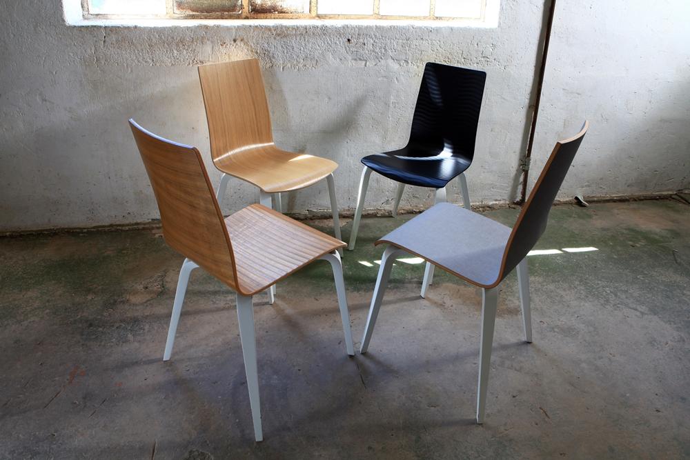 Gruppe Holzstühle von Kleinkopf